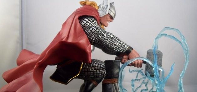 Diamond Select's The Might Thor Diorama Review
